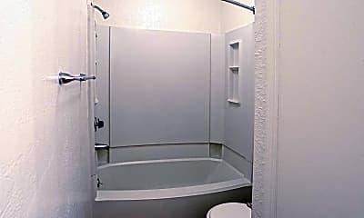Bathroom, Windsor Park Apartments, 2