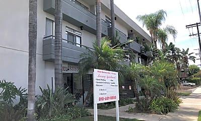 Tarzana Apartments, 0