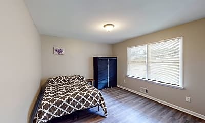 Bedroom, Room for Rent -  a 10 minute walk to bus stop Brow, 0