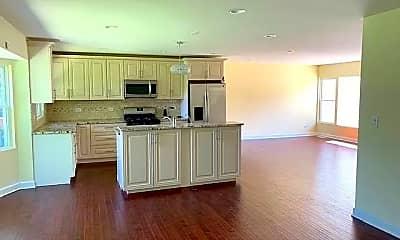 Kitchen, 25 Fairmeadow Ln, 1