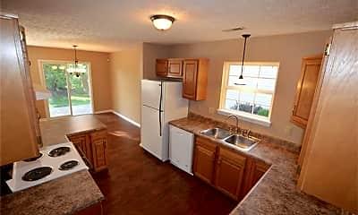 Kitchen, 13010 St Andrews Way, 1