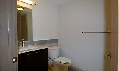 Bathroom, 314 W Grace St, 2