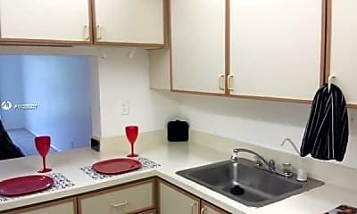 Kitchen, 8000 S Colony Cir 305, 1