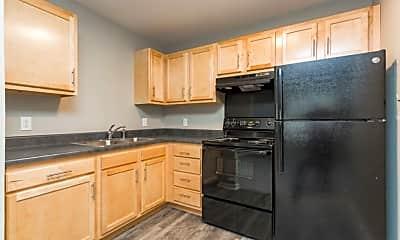 Kitchen, Gibson Creek Apartments, 1