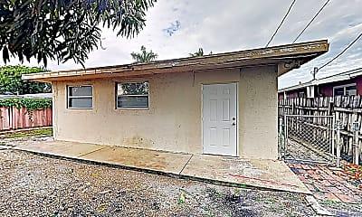 Building, 3720 NE 13th Terrace, 2
