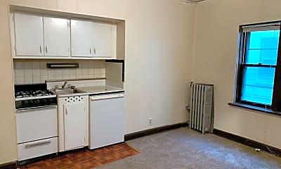 Kitchen, 1020 E Pleasant St, 0
