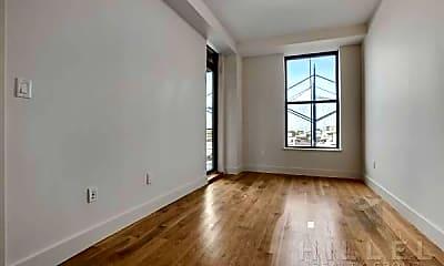 Living Room, 16-81 Madison St, 1
