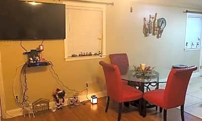 Dining Room, 4020 Rye St, 1