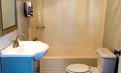 Bathroom, 700 Euclid Ave, 2