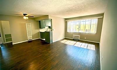 Living Room, 1120 N Laurel Ave, 1