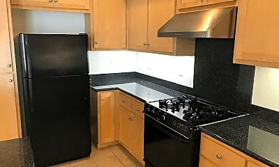 Kitchen, 3427 Monaghan St, 1