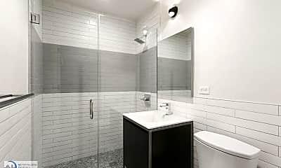 Bathroom, 144 E 24th St, 1
