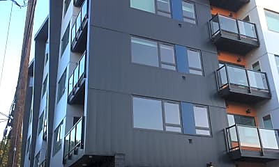 2405 N Vancouver Apartments, 0