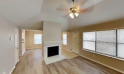 Living Room, 1344 Wheatfield Dr, 1