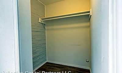 Bedroom, 322 N 6th St, 2