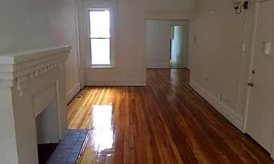 Living Room, 1248 Walnut St, 1