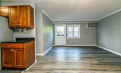Living Room, 3103 Naylor Rd SE B, 0