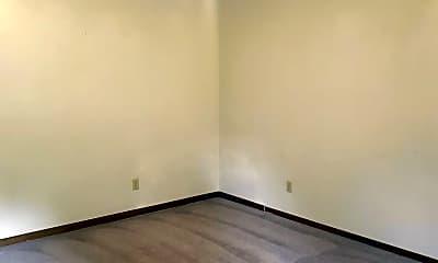 Bedroom, 419 E Jefferson St, 1