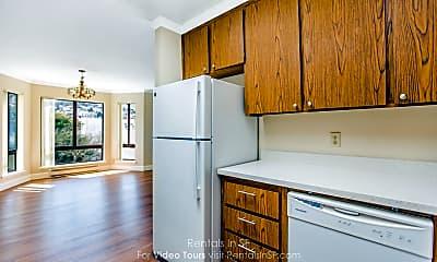 Kitchen, 925 Irving St, 0