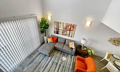 Living Room, 2050 Fair Park Ave, 2