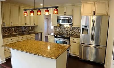 Kitchen, 4 Greenway Dr, 1