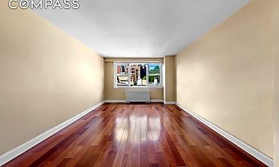 Living Room, 40 Clinton St 7-B, 1