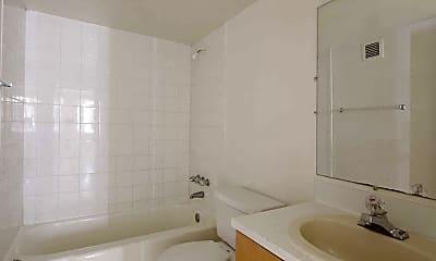 Bathroom, Seawind Lakes II, 2