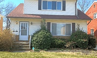 Building, 926 E 216th St, 0