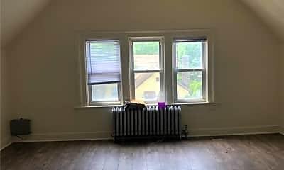 Living Room, 345 Highland Ave, 2