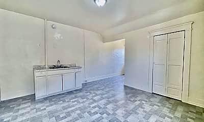 Living Room, 415 S Alvarado St, 1