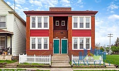 Building, 925 W Town St, 0