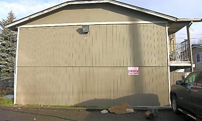 Building, 1423 E 64th St, 1