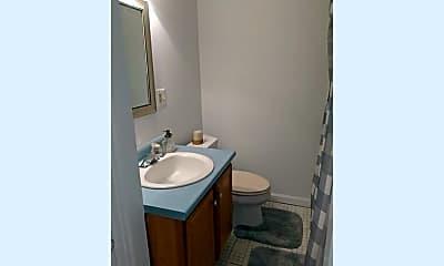 Bathroom, 3 Golden Hill Rd, 2