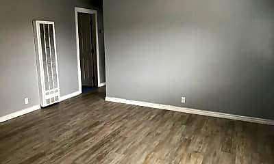Living Room, 5300 Van Fleet Ave, 2