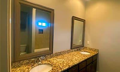 Bathroom, 2108 Oliver St, 0