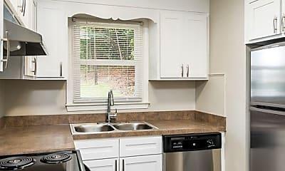 Kitchen, 74 Woodbine St, 1