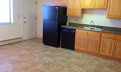 Kitchen, The Pines, 2