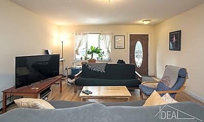 Living Room, 585 Warren St, 0
