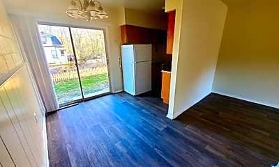 Living Room, 1701 Carlisle Ave, 0