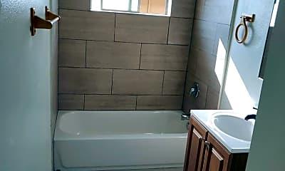 Bathroom, 2032 W Linden St, 1