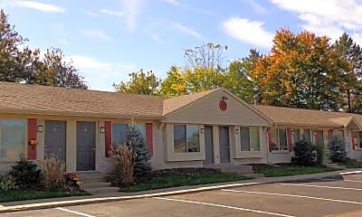Building, Davis Creek Apartments, 1