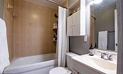 Bathroom, 1300 Taylor St NW 2, 2