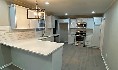 Kitchen, 1302 N Maple St, 0