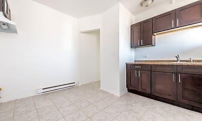 Kitchen, 5100 W Monroe St, 1