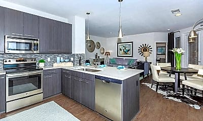 Kitchen, 46 Penn, 0