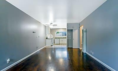 Living Room, 2858 Brookdale Ave, 1