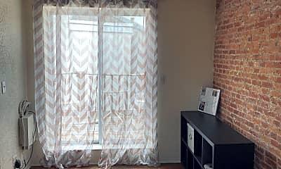 Living Room, 734 N Taylor St, 0