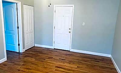 Bedroom, 4915 S Drexel Blvd, 2