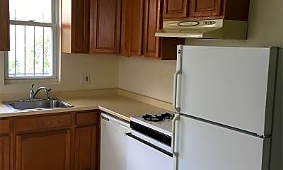 Kitchen, 3015 Cambridge St, 1