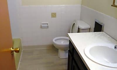 Bathroom, 604 St Louis Ave, 2